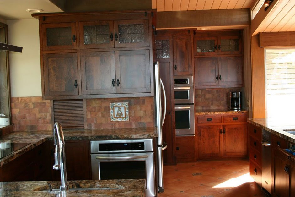 Custom Amish Kitchen Cabinets   Barn Furniture