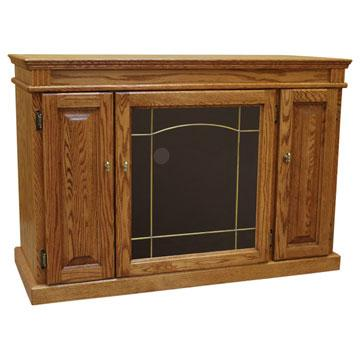 Traditional Medium Oak TV Stand